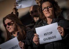 Terrorismo, paura italiani: 2 milioni rinunciano al Giubileo