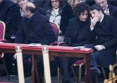 Renzi euforico su riforme, mentre Italia rischia di uscire dal G8