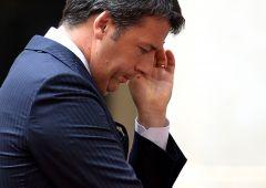 """FT su Renzi: riforma costituzionale è """"ponte verso nulla"""""""