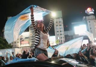 """Argentina, mercati stanno entrando di nuovo in """"zona panico"""""""