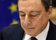 Draghi sotto pressione: mostro deflazione è qui