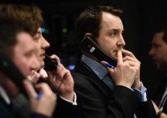 Borse messe a dura prova dal super euro aspettando Draghi