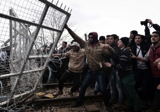 Turchia minaccia Ue: vi manderemo