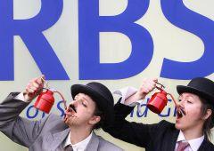 RBS: azionisti sul piede di guerra contro mega-pensione del CEO