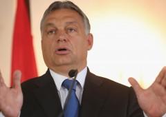 """Orban grida a complotto Ue:  """"è per invasioni barbariche"""""""