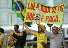 Scandalo Petrobras, richiesta arresto per Lula. Rischia 13 anni