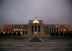 Fed ammette: manifatturiero stagnante