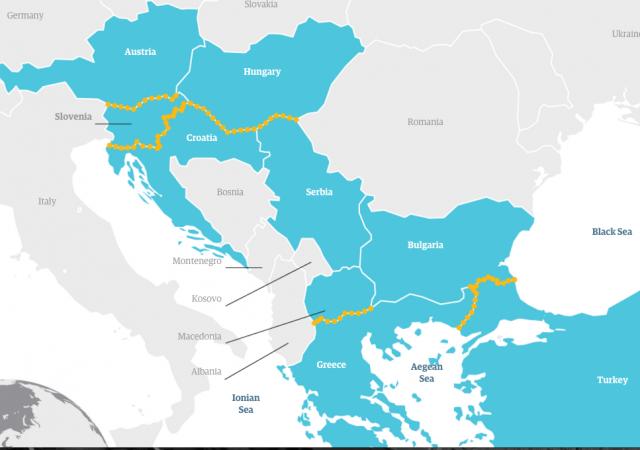 Crisi migranti, UE parla di chiusura delle frontiere nei Balcani. Merkel non è d'accordo con la definizione