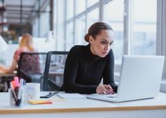 Seduti troppe ore al giorno? Aumenta rischio morte prematura