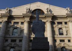Piazza Affari, euro e spread: le stime degli operatori finanziari