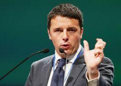 Renzi dichiara guerra alle Regioni: obiettivo dimezzarle