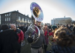 Panama Papers, in Islanda parlamento assediato. In Italia?