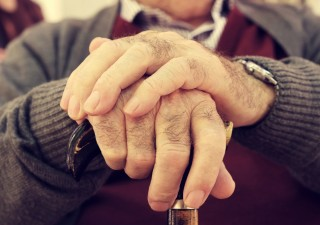 Istat conferma: italiani sempre più vecchi, età media sale a 45 anni