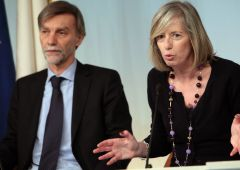 Precariato, Italia di nuovo infuriata con ministro Giannini: ecco cosa ha detto