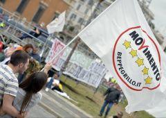 """M5S attacca l'euro: """"rovina d'Europa"""". E dà ragione a Stiglitz"""