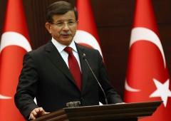 Re Erdogan, la purga continua. Cacciato il premier Davutoglu