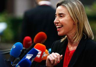 Mogherini, l'esercito nascosto Ue e il piano per ingannare gli elettori UK
