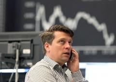 Borsa Milano su, buy scatenati su Ferragamo e Yoox. Ubi Banca +5%