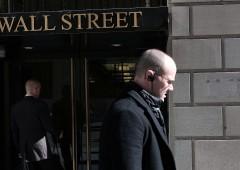 Borse snobbano bomba Manhattan e possibile scandalo Enron