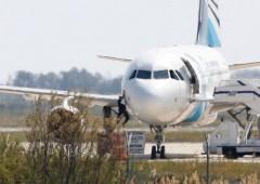 Continua caccia a Aereo EgyptAir. Usa certi: terrorismo