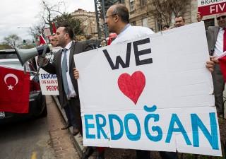 Turchia ha in pugno l'Europa. Ben presto addio visti per entrare in Ue