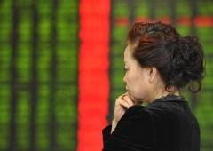 Borsa Milano giù con banche, male BP. In Cina diffuso report choc