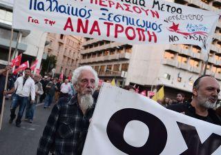 Grecia, austerity e la grande beffa. Il 95% degli aiuti è andato alle banche