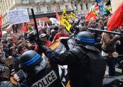 Riforma del lavoro, Francia: Non faremo la fine dell'Italia