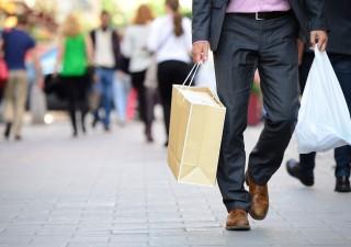 Gli italiani sono consumatori