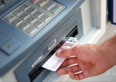 Banche a secco: Bancomat, sparite banconote da 5 e 10 euro