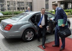 Ci siamo: banca Ue cessa attività
