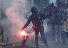 Francia in fiamme: violenze contro riforma Lavoro
