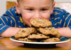 Olio di palma: sostanze a rischio cancro in queste merende e biscotti