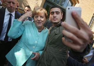 Terrorismo: Merkel sotto scacco, tedeschi chiedono aiuto esercito