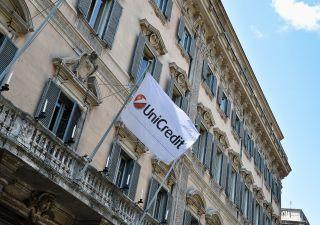 Unicredit: rumor su fusione con Société Générale