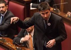 M5S studia rimpasto: Di Battista alla Farnesina, Savona al Tesoro