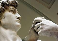 """David di Michelangelo, pericolo crollo: """"lo si sposti in museo antisismico"""""""