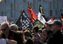 Ue: fascismo è tornato ma élite fanno finta di nulla