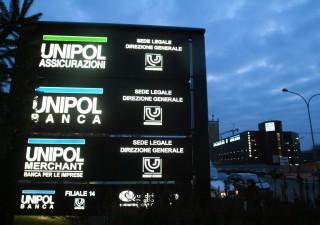 Unipol: utile crolla, ma investe nel fondo salva banche