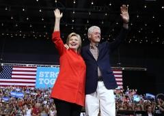 Hillary Clinton: accuse di spergiuro come fu per Bill