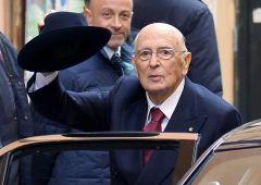 Napolitano lavora al dopo Renzi, pensa a Mario Monti