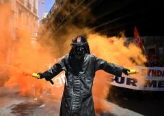 """Euro spacciato, Italia torna a lira. Disastro, """"peggio che in Sud America"""""""