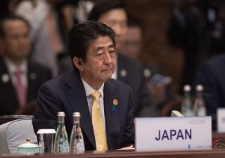 Giappone a caccia di forza lavoro. Abe: