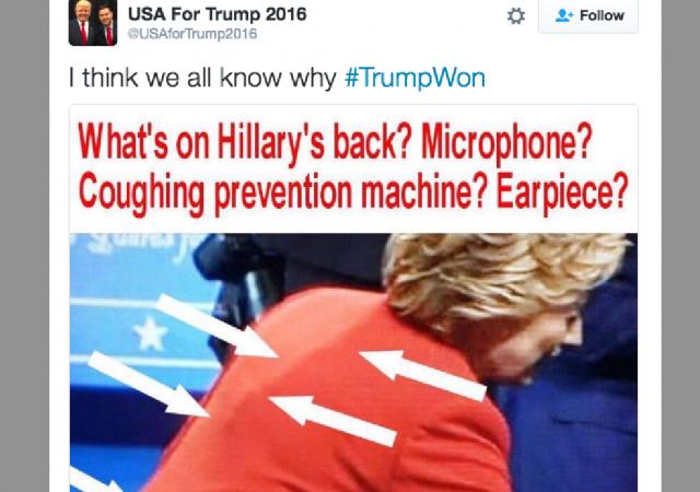 """C'è anche chi ipotizza che Clinton indossasse """"un macchinario per prevenire la tosse"""""""