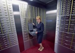 Banche: dove aprire conto all'estero per chi non si fida più delle italiane