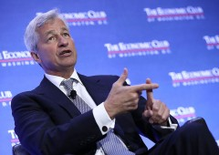 JP Morgan, AD perde le staffe durante la conference call