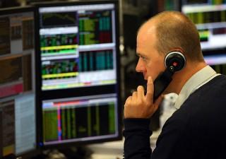Meno di un italiano su due investe in prodotti finanziari. Cresce la fetta degli interessati al trading online