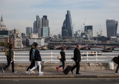 Londra disposta a pagare per mercato Ue, vola sterlina