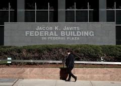 Election Day alle porte: Fbi scagiona Clinton, i mercati brindano