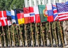 Russia: Nato mette 300 mila soldati in stato di allerta